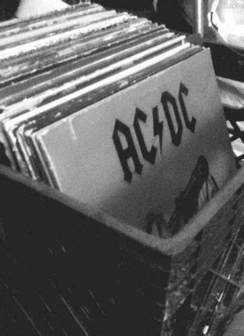 AC/DC is love