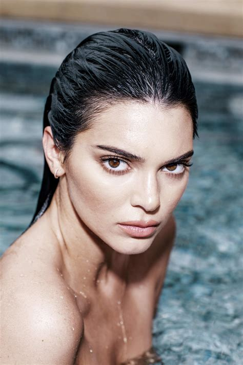 Kendall Jenner Naked (49 Photos)   #TheFappening