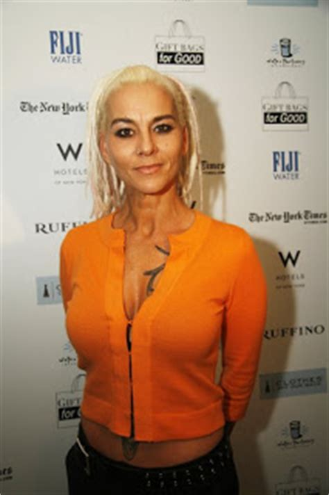 Between 15 Seconds and 15 Minutes: Susan Powter