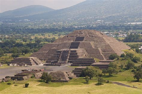 Mesoamerican Architecture from the Ancient to Medieval Worlds