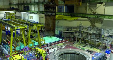 Pressure vessel removal at Bohunice - Nuclear Engineering