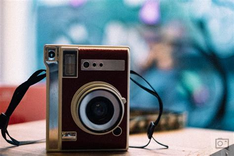 First Impressions: Lomography Lomo'Instant Automat