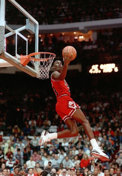 'Michael Jordan: The Life,' by Roland Lazenby - The New